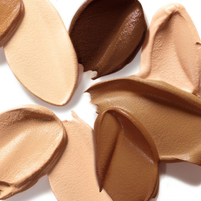 Amazonian clay 12-hour foundation SPF 15