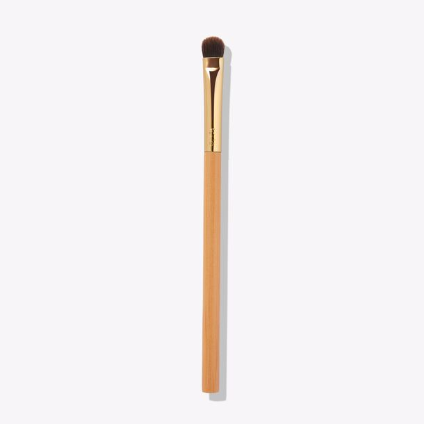 flat shader eyeshadow brush