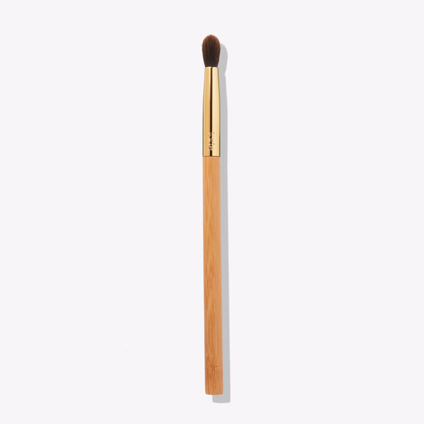 tapered blending eyeshadow brush