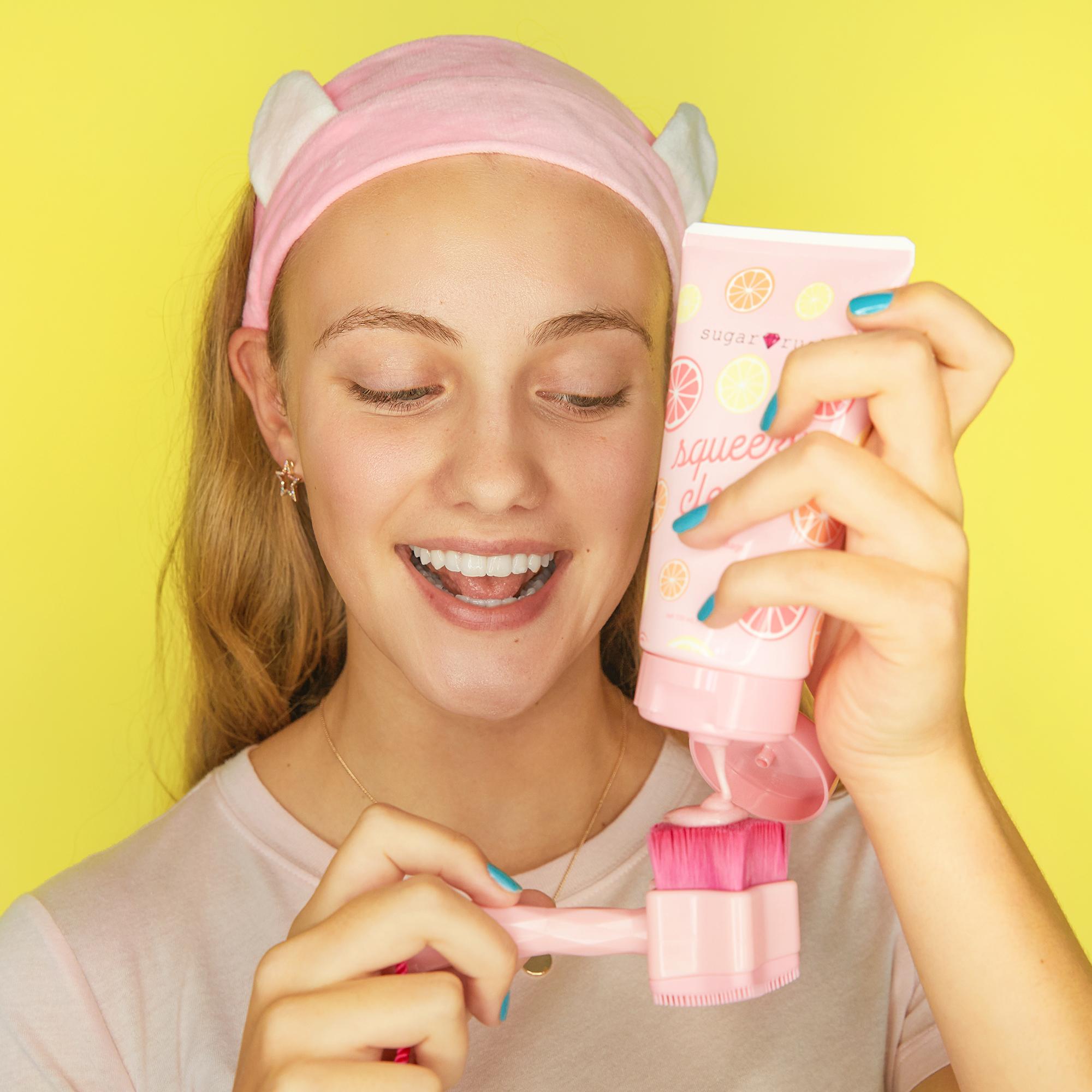 Sugar Rush Star Factor Cleansing Face Brush
