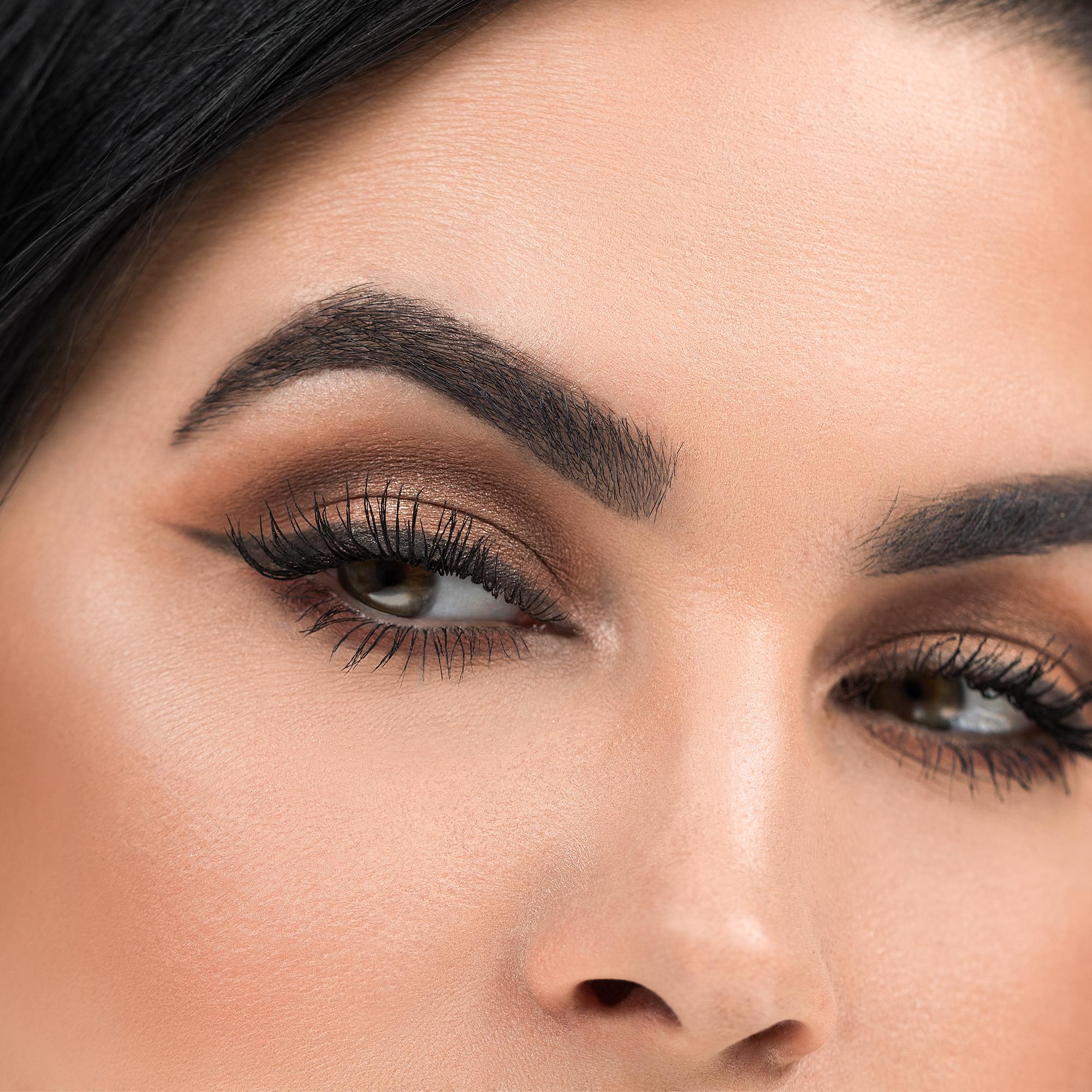 maneater eyeshadow palette vol  2